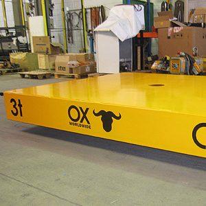 equipos de elevación y manutención de cargas Ox Worldwide carros motorizados 1